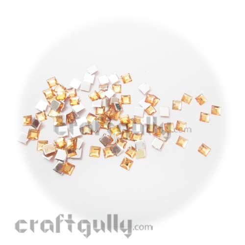 Rhinestones 6mm Square - Peach - Pack of 100