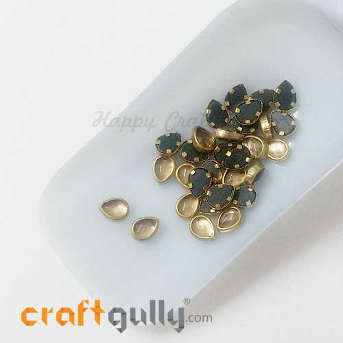 Rhinestones With Rim 8.5mm Drop - Pale Gold - 10gms