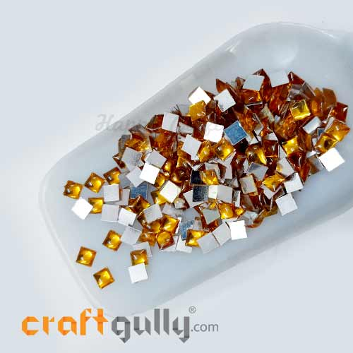 Kundan Stones 5mm Square - Golden With Silver Back - 10gms