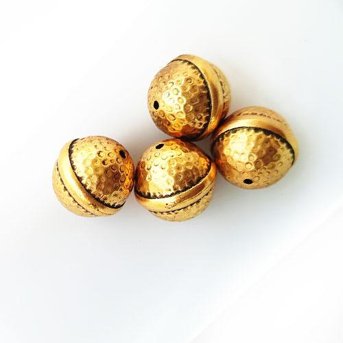 Acrylic Beads 18mm Round Design #13 - Golden Finish - 4 Beads